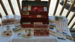 Vtg Fishing And Tackle Lot fred Arbogast Jitterbugs Hula Popper Hooks Lures Box