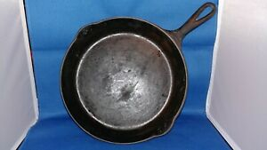Antique Victor cast iron skillet #8 with Heat Ring ~ Unrestored Pan