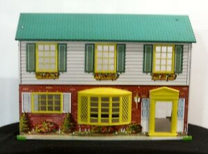 Vintage 1950#x27;S Wolverine Lithograph 2 Story Colonial Tin Doll House $35.00