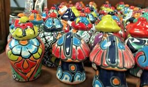 TALAVERA MEXICAN POTTERY - SALT & PEPPER SHAKERS Set of 2  **FREE FREIGHT**