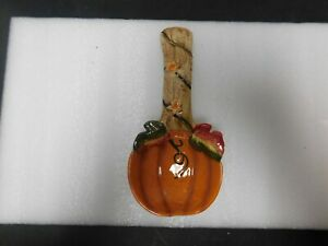 Beautiful 3D design pumpkin fall spoon rest multi-colored curved handle kitchen