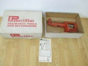 Hornady Pacific 0-7 Reloading Press in box with receipt very light use