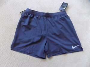 NEW MENS LARGE NIKE FLEX STRIDE 5