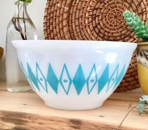 """AGEE Vintage Pyrex Turquoise Diamonds And Dots - ONE OF A KIND 7"""""""