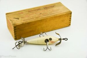 Vintage Heddon High Forehead Minnow Wood Box Antique Lure Series 100 White EH2