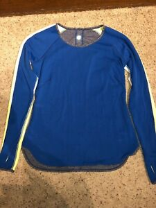 LULULEMON Runder Under Womens Long Sleeve Reversible Top Size Medium $35.00