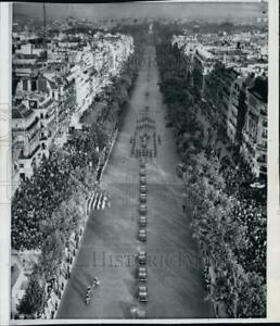 1959 Press Photo Motorcycles on parade carrying Presidents Eisenhower amp; DeGaule