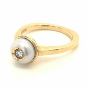 Diamond Designs 14 Karat Yellow Gold Pearl and Diamond Ring Size 6