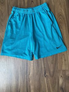 Nike Dri Fit Youth Boys Gym Shorts 2 Pockets Preowned Size M Green $7.50
