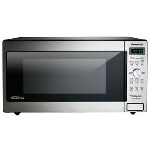 Panasonic 1.6 Cu. Ft. Built In/Countertop Microwave Oven (Refurbished) (Used)