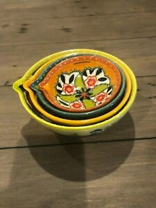 ** NEW ANTHROPOLOGIE NESTING MEASURING CUP SET * HAND-PAINTED * KITCHENBOWLS**