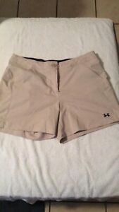 UNDER ARMOUR Performance Women's Size 10 Shorts Beige golf hiking flat front $18.04