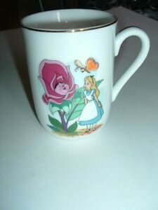 Disney Collections Classic Mug Alice Made By Disney Artists Gold Rim 1980 $6.00