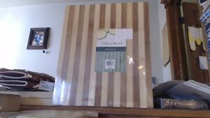 Large BAMBOO BOARD CUTTING 15.75quot; X 13.2quot; X 0.67quot; NIP Beautiful Bamboo See Pic