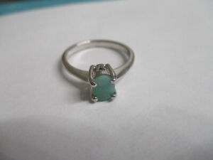 Singel Stone Real Green Emerald sterling silver ring for woman oval stone size 8 $15.25