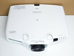Epson Pro G6550WU Projector HAS HDMI HAS 2675 HOURS 5200 ANSI Lumens $750.00
