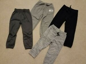 Assorted Old Navy Under Armour Sweatpants and Athletic Pants Size 3T $6.99