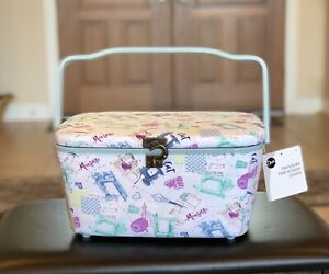 DRITZ Large Sewing Basket Sewing Design Lift out Tray Hook Closure NEW STYLE $29.99