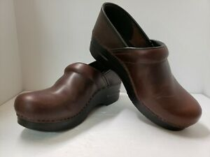 DANSKO PROFESSIONAL BROWN WAXED LEATHER NURSING CLOGS WOMENSS Euro 38 US 7 7.5