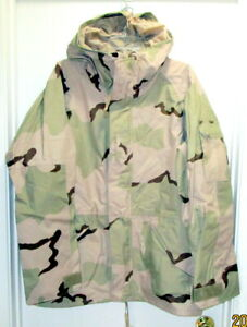 NEW Military Parka Cold Weather Desert Camouflage Size Large Regular