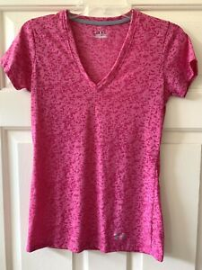Under Armour Women's Heat Gear V Neck Short Sleeved Fitted tee Sz XS Pink. $9.95
