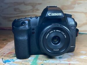 canon eos 5d mark ii w 40mm f2.8 lens bag and accessories
