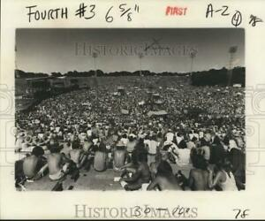 1977 Press Photo Crowd in Jackson Square for Louis Armstrong#x27;s birthday $19.99