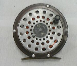 OLD UNMARKED SKELETON STYLE FLY REEL