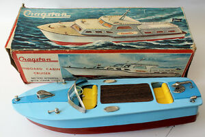 battery operated tinplate lithographed boat