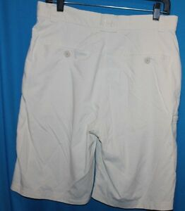 UNDER ARMOUR GOLF SHORTS MENS SIZE 34R UNDER ARMOUR CASUAL SHORTS NICE