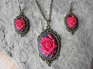 *RED ROSE CAMEO NECKLACE AND EARRINGS SET- BLACK-- BRONZE - WEDDING - GIFTS!!