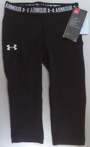NWT UNDER ARMOUR GIRLS BLACK FITTED CAPRI PANTS SIZE 1271021 XSMALL $29.99