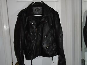 Guess Men's Genuine Leather Motorcycle Jacket Size Small