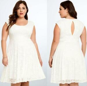 28 5X New White Lace Open Back Cruise Wedding Torrid Formal Cocktail Party Dress
