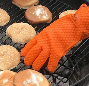 Heat Resistant Waterproof Silicone Glove Oven Grilling BBQ Cooking Gloves Mitts