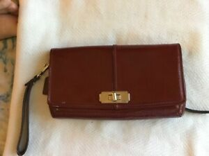 coach handbag wristlet red patent leather
