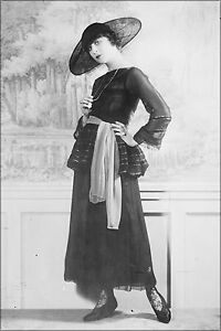 Poster Many Sizes; Fanny Brice. Photoportrait Standing In Fashionable Dress A