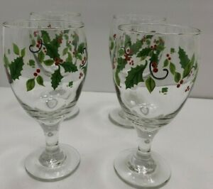 4 Christmas Wine Glass Holly Berry Everage 15 Oz. 7 quot; tall