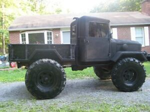 M35A2 2.5 Ton Bobbed Shorty Military Army Monster Truck 4x4 Deuce Half Mud Off
