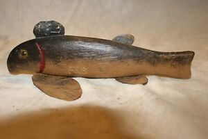 VINTAGE ICE FISHING DECOY- 9 INCH SUCKER - STAMPED F&S - METAL FINS & GLASS EYES