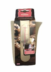 Trudeau Flexible Rubber Measuring Beaker Up To 2 Oz. BPA Free Microwaveable NEW