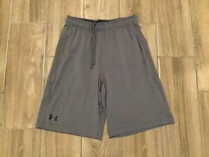 12 7 Mens Under Armour Heatgear Loose Fit Athletic Shorts Size M Gray $4.00