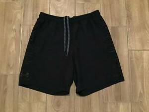 12 7 Mens Under Armour Heatgear Loose Fit Athletic Shorts Size XL Black $4.25