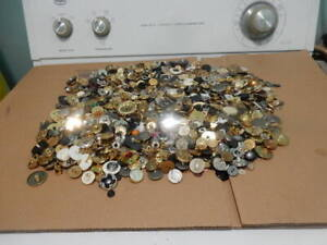 Some Antique and vintage Buttons all shapes and sizes over 2.55 lbs $16.99