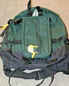 MEGA RARE Scheels Outfitters hiking camping backpack Green outdoor woods pack