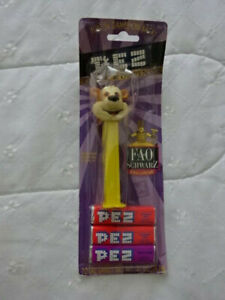 FAO Schwarz Bear Pez Dispenser yellow stem on card C $12.00