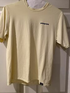 Patagonia Men's Yellow Dry Fit Shirt Size Small $12.00