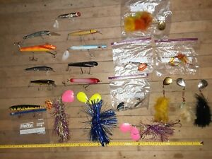Lot Of 20 Musky Lures All Top Line Most Unused All Vintage super nice and clean