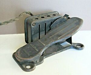 Antique Sewing Machine Foot Pedal Industrial Steampunk Replacement Part Unmarked $25.00