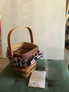 1995 All American Carry Along Basket Longaberger with plastic liner and garter $25.00